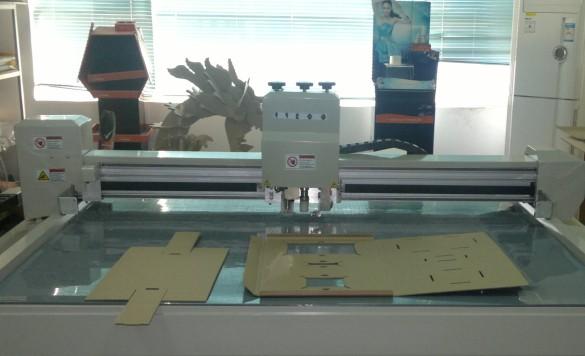 cardboard making cutting machine